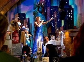 1x Brooklyn Nights Dinnershow VIP arrangement